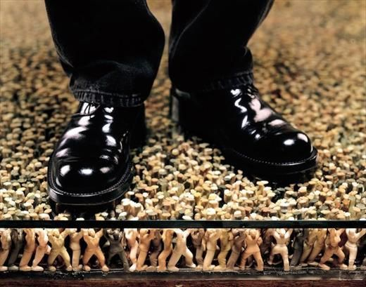 Floor by Do Ho Suh: Supported by plastic figures of men and women in  hopeful stances, a monument to the anonymous throughout the world and through out time. http://www.artbabble.org/video/ima/floor  #Installation #Do_Ho_Suh