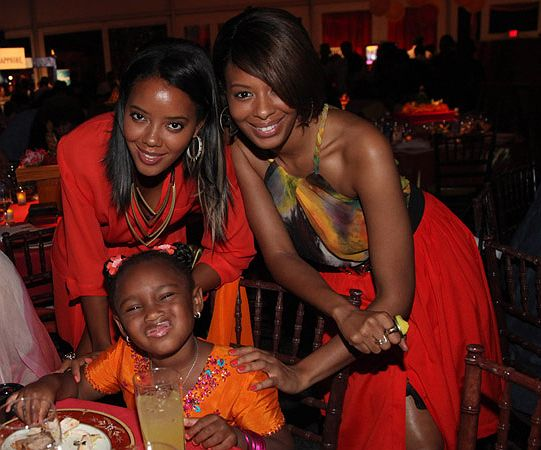 (L-R) Justine Simmons, Miley Simmons,4, Angela Simmons and Vanessa Simmons attended the 12th annual Art for Life benefit on July 30, 2011 in East Hampton, New York. Don't you just love Miley and her f