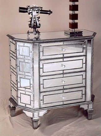Kommode i glass: Modell PESARO