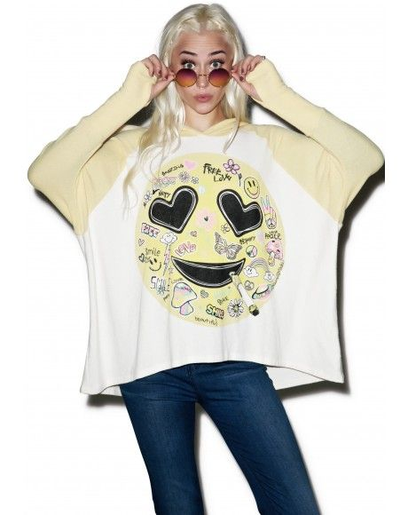 #DollsKill #Roller #Girl #lookbook #photoshoot #model #LaurenMoshi #Lonnie #oversized #raglan #shirt #heart #face #emoji #white #top #yellow #sleeves #hood