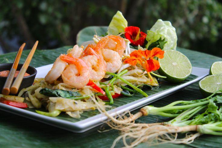 Att jag älskar asiatisk mat är ingen hemlighet =) Speciellt thailändsk mat! Jag har i samarbete med Black Tower fått i uppdrag att skapa ett recept som passar till det fantastiska vinet. Black...