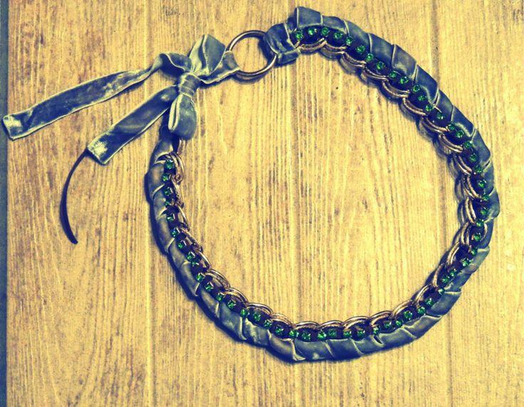Handmade velvet necklace with strass
