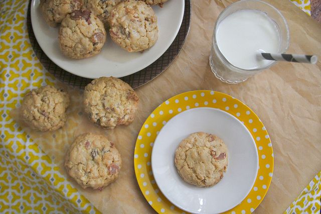 bacon oatmeal raisin cookies | cookie monster | Pinterest