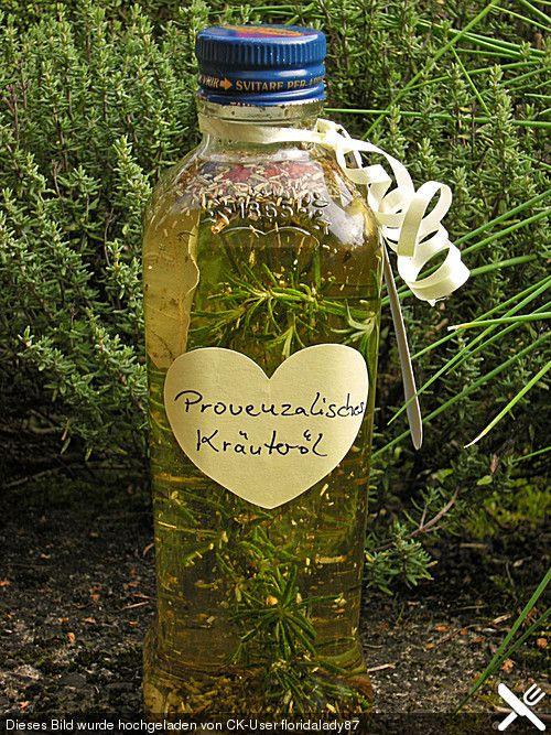 Provenzalisches Kräuteröl, ein leckeres Rezept aus der Kategorie Haltbarmachen. Bewertungen: 5. Durchschnitt: Ø 3,7.