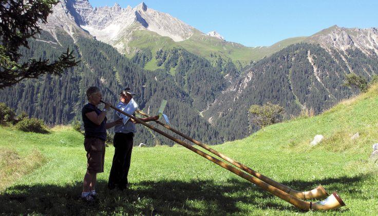 """Amazing Alphorn -- Unique Music for Unique Occasions - Alphorn in ..."""""""