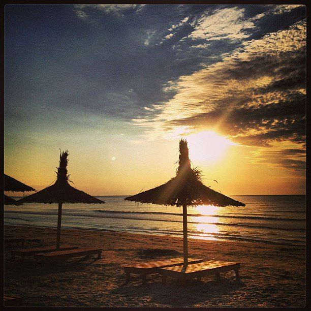 Avem o țară frumoasă ce merită vizitată!!! Vacanță în frumoasele stațiuni Eforie Nord sau Sud, de la 200 de lei cazare 6 nopți. Profitați de aceste oferte și de un litoral românesc minunat:  http://www.eurekareisen.ro/turism-intern/litoral/oferte-litoral-eforie-sud-vara-2013-exm