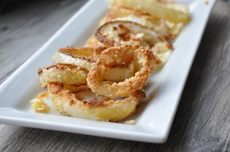 guilt-free healthy onion rings by arielle haspel, bewellwitharielle.com #cleaneats