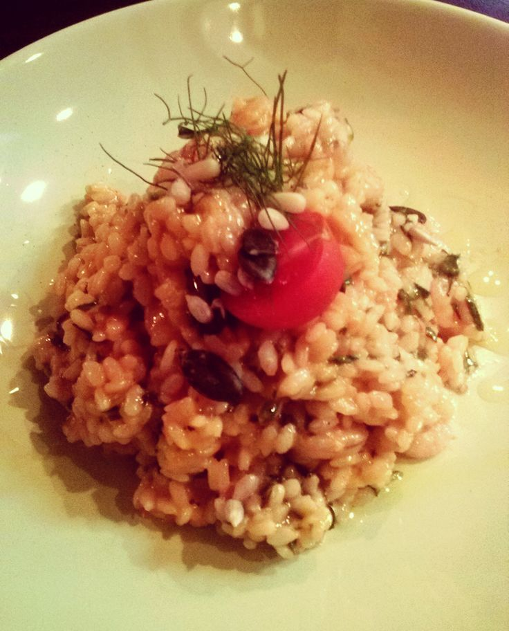 #risotto with #prawns, arugula, pine nuts, dried cherry tomatoes and seeds ;)   #rovinj #tipico #