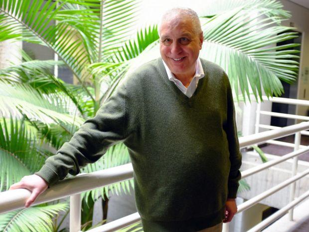 "Filmmaker Errol Morris's documentary on Donald Rumsfeld ""The Unknown Known,"" reviewed"
