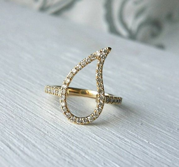 Hey, I found this really awesome Etsy listing at https://www.etsy.com/listing/246883798/paisley-ring-diamond-pinky-ring-gold