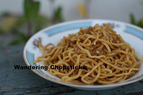 Mi Xao Toi Bo (Vietnamese Noodles with Garlic Butter) Maggi Seasoning Sauce 2