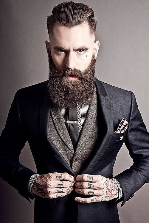 super-suit-man:  Suit and fashion inspiration for men: http://super-suit-man.tumblr.com/