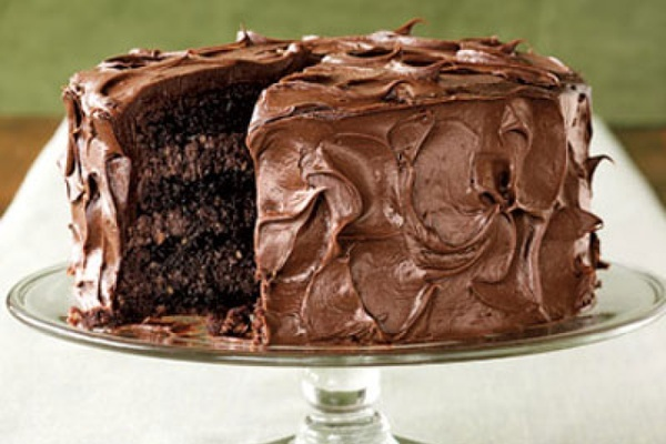 More like this: layer cakes , chocolates and cakes .