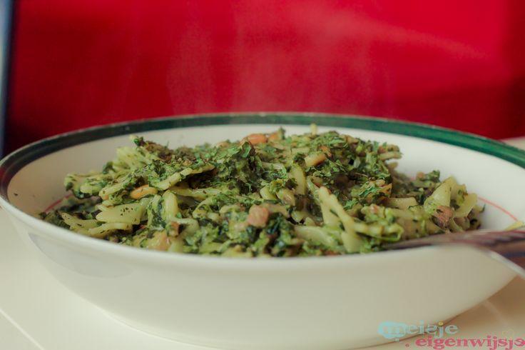 Recept: pasta pesto met spinazie en pijnboompitten