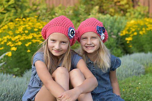 LeonaS / Háčkované baretky pre sestričky