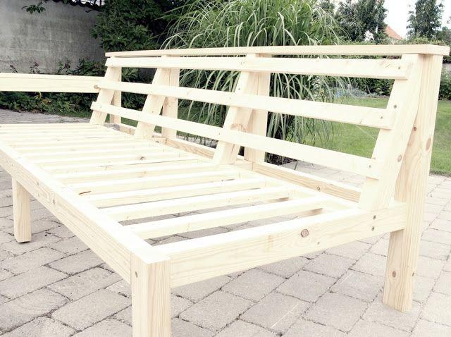 DIY outdoor sofa. MAKE-LIVING: juli 2012