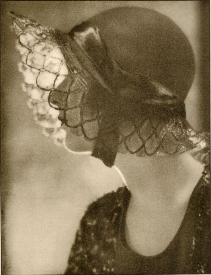 Harpers Bazaar 1930  love it