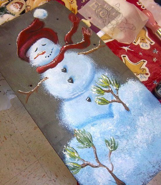 How to paint a snowman http://www.yorkblog.com/smart/2010/12/05/painting-on-slate-is-an-easy-way-to-make-a-beautiful-decoration/