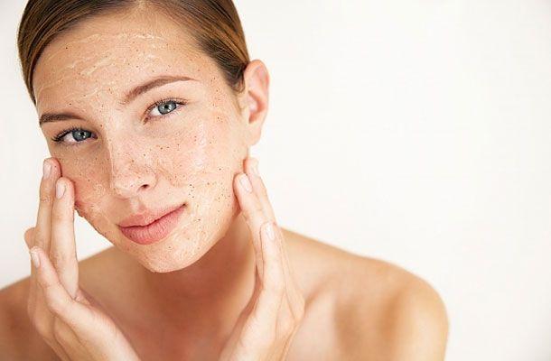 korpás seborrhoea jellemzői és kezelése házilag és kozmetikai gépekkel.