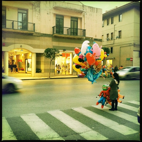 Balloon Seller on Flickr by Sebastiano Pitruzzello