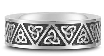 Why Men's Celtic Wedding Bands Can Make Strong Statements on http://applesofgold.com/jewelry/why-mens-celtic-wedding-bands-can-make-strong-statements/
