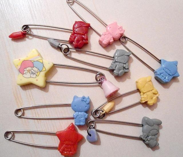 Vintage 1976 Mascot Saftey Pins | Flickr - Photo Sharing!