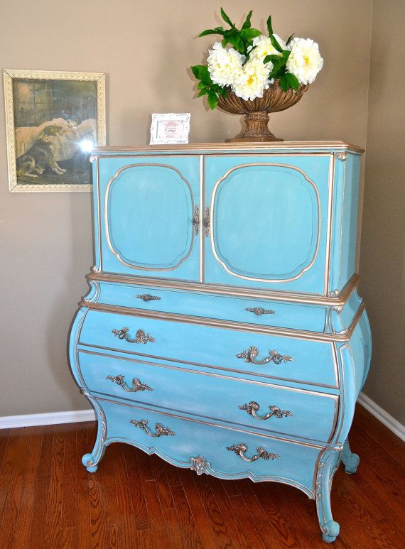 Unique Hollywood Regency Vintage Mid Century Bombe Chest of Drawers or Dresser