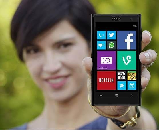 Windows-Phone-Girl
