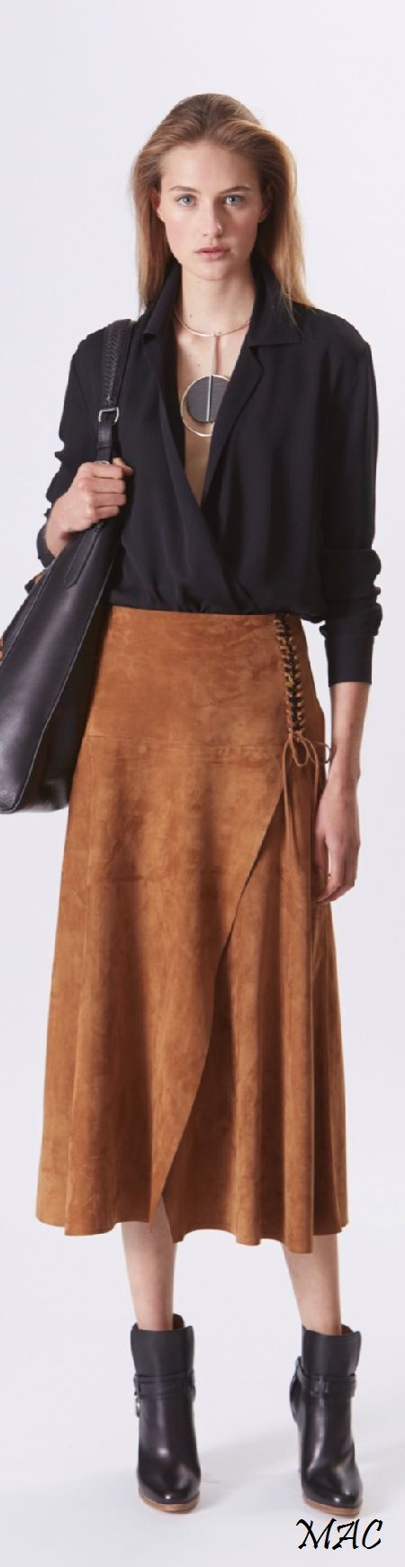 Resort 2016 Ralph Lauren JUST THE MOST GORGEOUS OUTFIT, OUI !! - THE SKIRT IS INCREDIBLE \u0026amp; THE COLOUR OF THE SUEDE, PERFECT!! ??