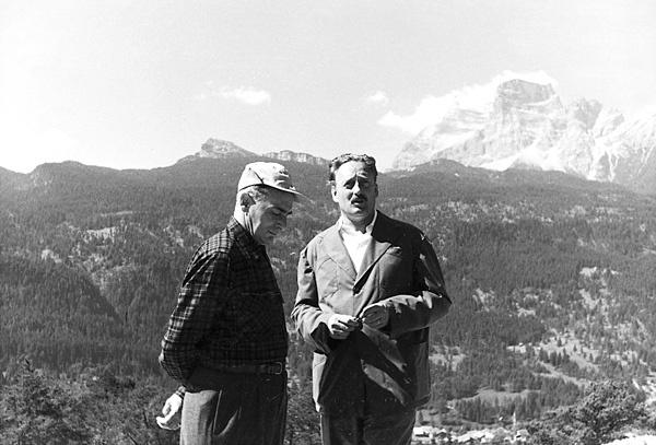 Edoardo Gellner con Enrico Mattei, 1955