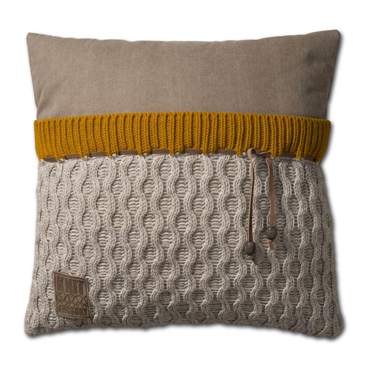 Pillow 50x50 - Joep beige mele by Knit Factory www.knitfactory.nl