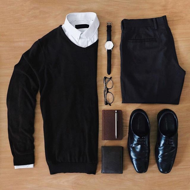 Black and white grid from @dhiptadi ✨ Pages to upgrade your style @stylishmanmag ✅ @shopthatgrid ✅