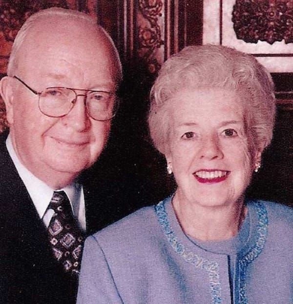 """[SPONSORED] Recently Widowed This Man Rediscovered His Wife In An Amazing Way: Cliff Sims, a reporter for the Yellow Hammer News in Alabama, recognized the magic in the love his grandparents shared. He witnessed it his whole life, it would shape the meaning of """"love,"""" to him in every sense of the word."""