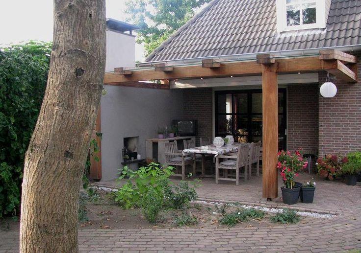 Houten terrasoverkapping met glas en buitenhaard jumbo overdekt terras veranda pinterest - Terras houten pergola ...