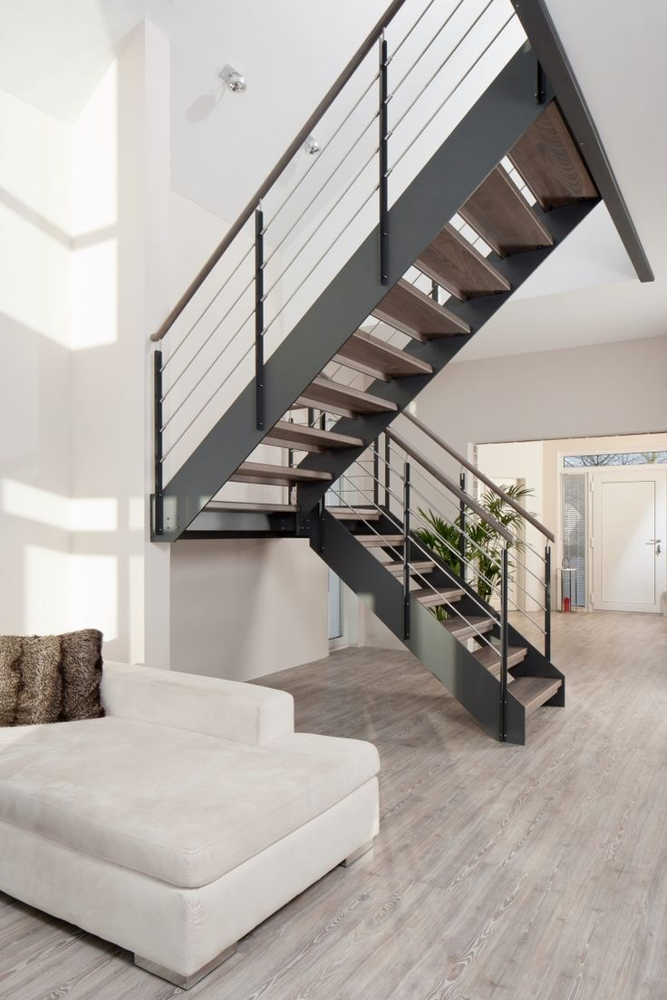 die besten 25 treppe renovieren ideen auf pinterest. Black Bedroom Furniture Sets. Home Design Ideas