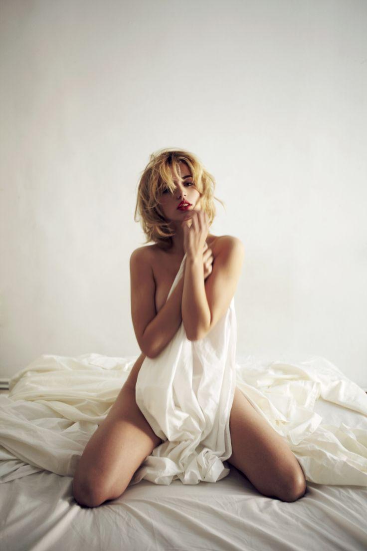 17 Best Images About Ana De Armas On Pinterest Makeup Palette Models And Jared Leto