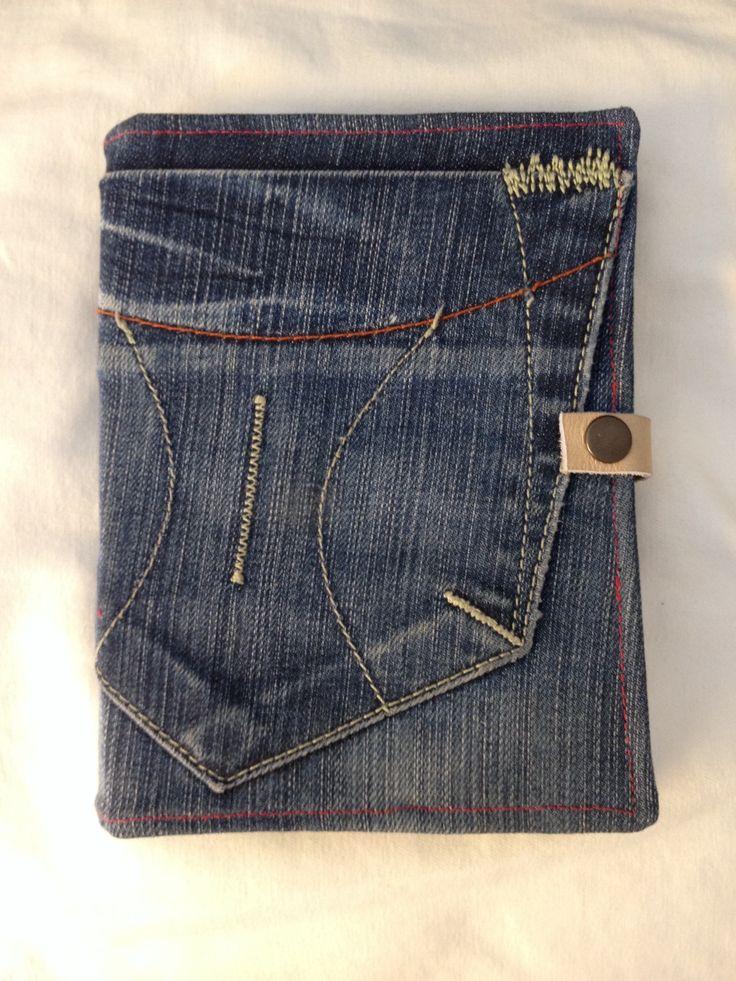 Hoes E-reader gemaakt van oude spijkerbroek.