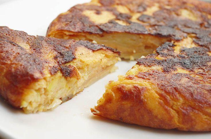 Diez recetas con harina de garbanzos. Tortilla de patatas sin huevo