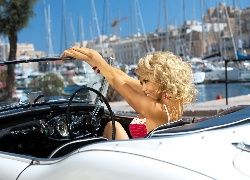 Kobieta, Blondynka, Samochód. Kabriolet