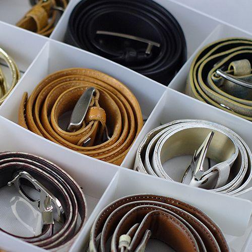 Interesante organizador de cinturones
