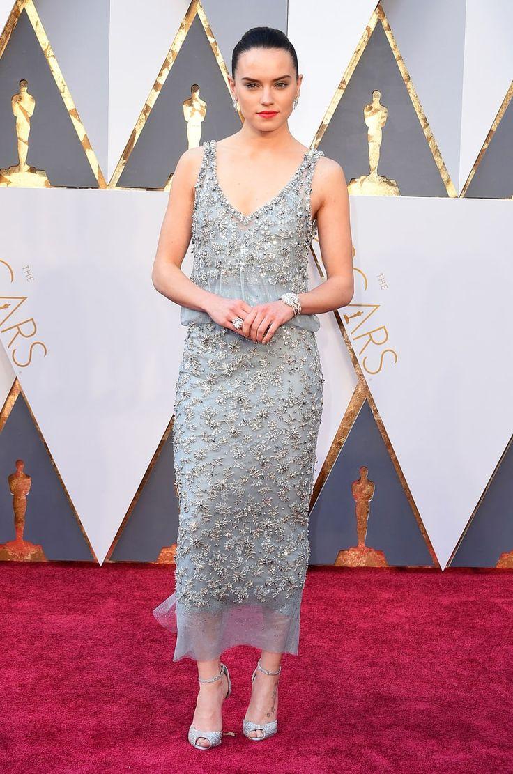 Daisy Ridley at the 2016 Oscars, 88th Academy Awards Red Carpet