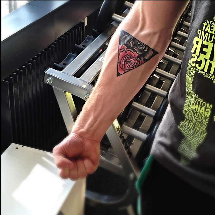 Triangle Tattoos Geometric Tattoos And: Gym With Roses And Triangles #tattoo #arm #forearm