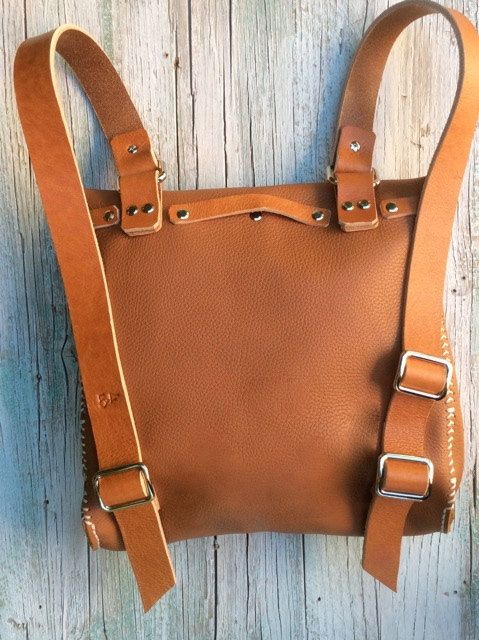 Leather Backpack / Messenger bag/ Convertible bag by proyecto54