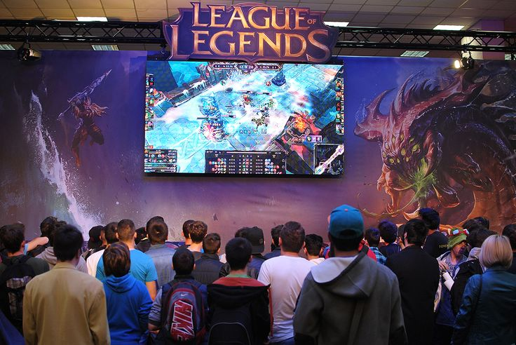 League of Legends - East European Comic Con 2014