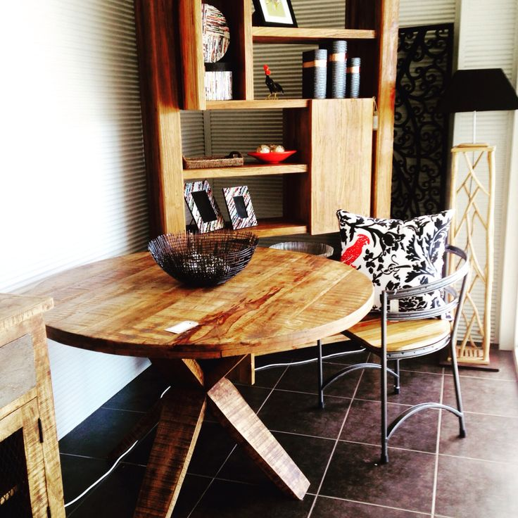 A mix of different timbers, teak, mango and also metals. Work well together.