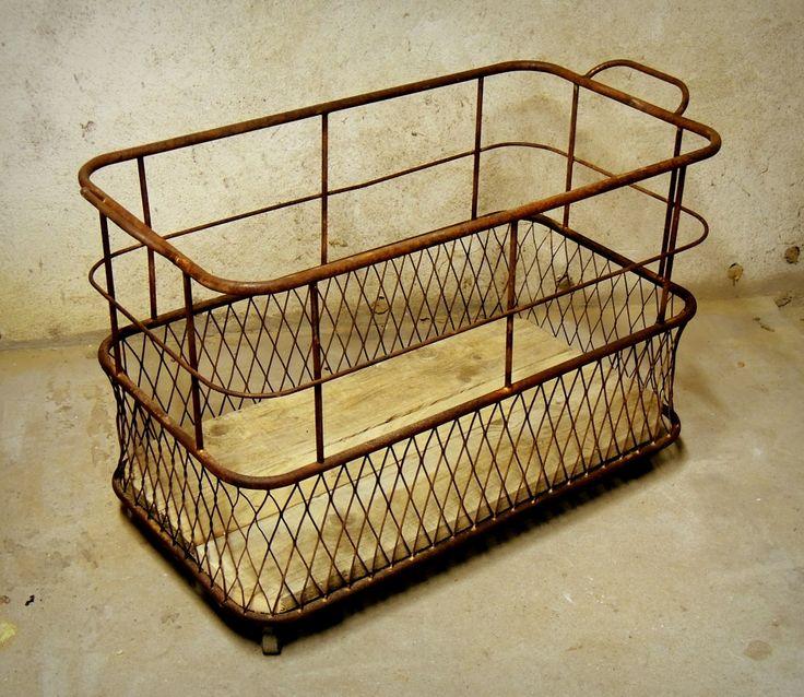 ancien chariot roulette de boulangerie brocante pinterest. Black Bedroom Furniture Sets. Home Design Ideas