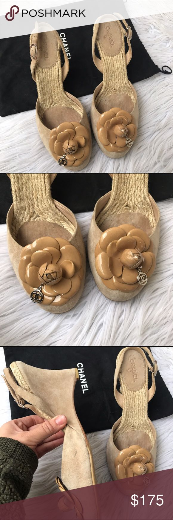 CHANEL SZ 10 BEIGE FLORAL ESPADRILLES WEDGES SHOES Perfection for spring ✨🌹 CHANEL Shoes