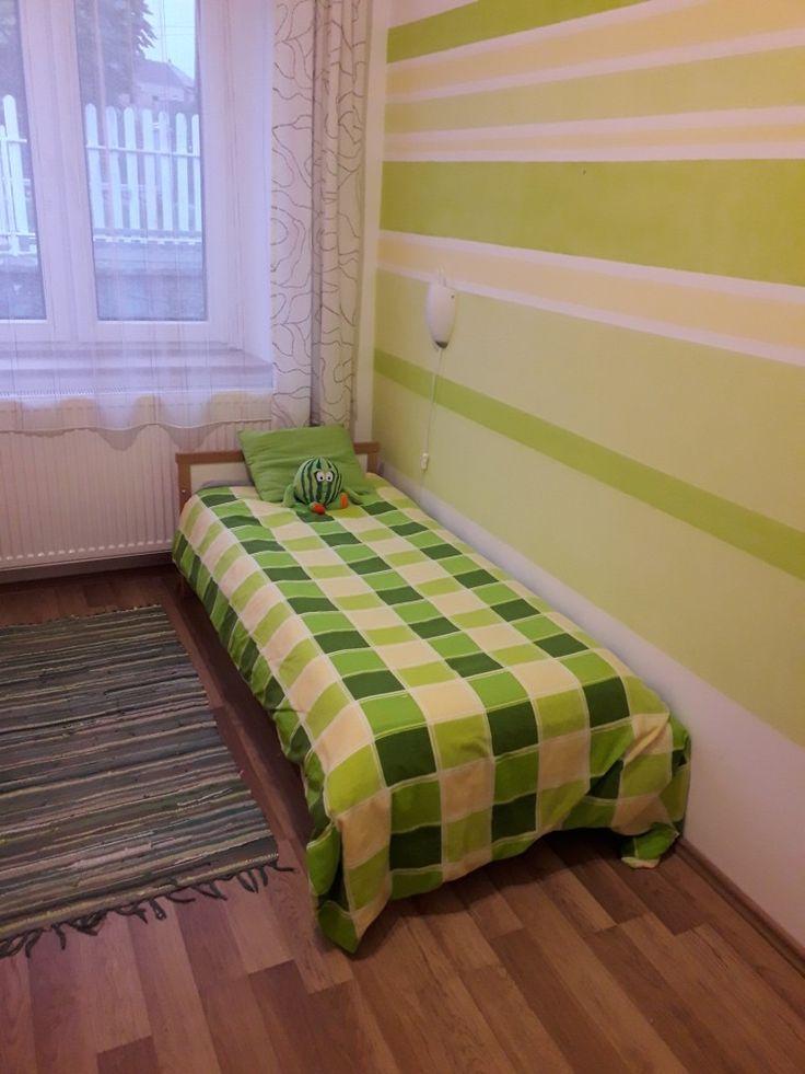 Fiú szoba rész csikos fal kid room boy kids gyerek green zöld