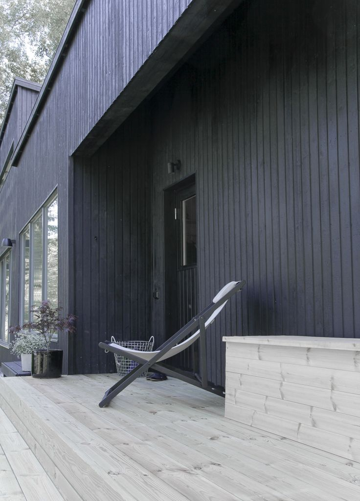 New stairs | outdoor | black