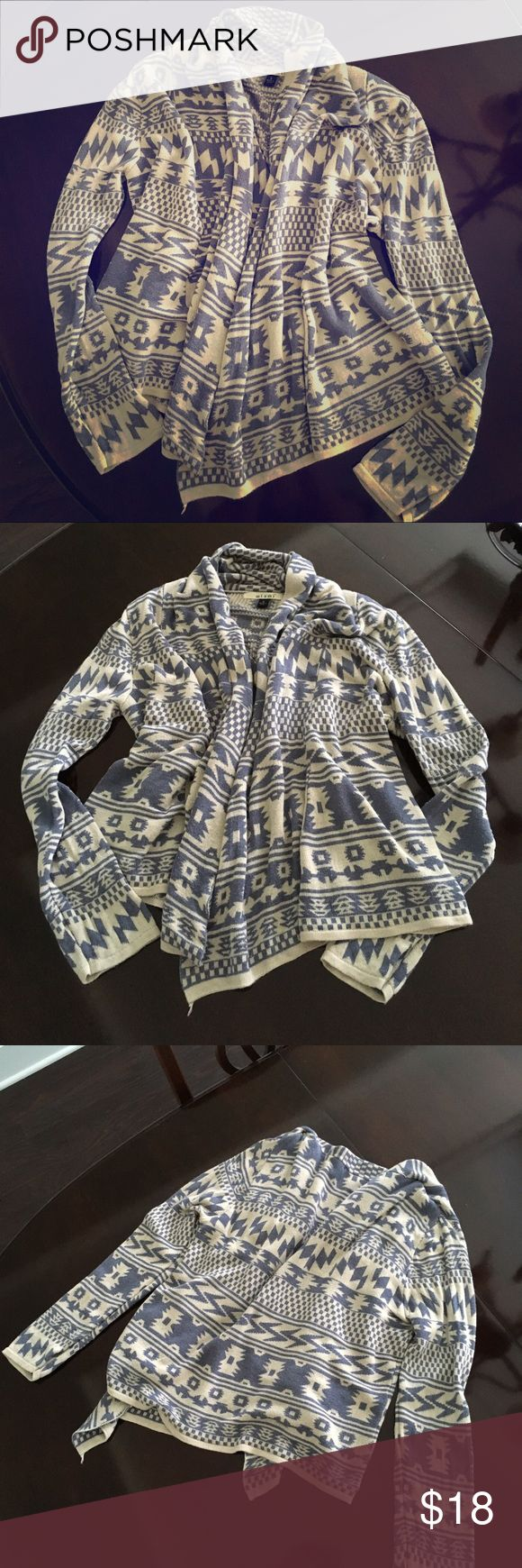 Aztec print cardigan Beautiful ivory sweater w/ powder blue aztec-inspired print. Great for fall weather. miami Sweaters